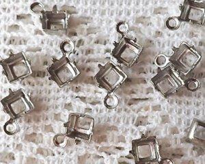 画像1: 4mmスクエア用/ブラスセッティング/オープンバック/1リング/ダークシルバー(4個)