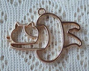 画像1: レジン用カラワク/浮き輪と猫(ミケ)/ライトゴールド(1個)